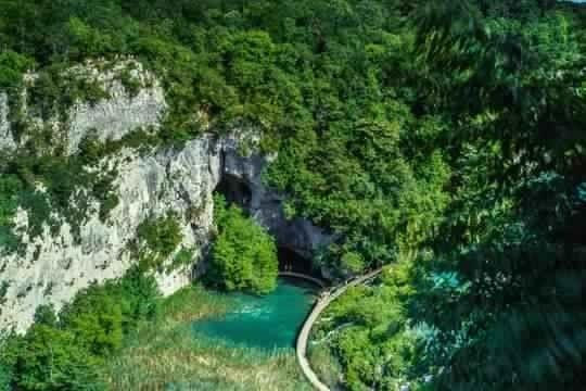 بحيرات بليتفيتش في كرواتيا | طبيعة وجمال