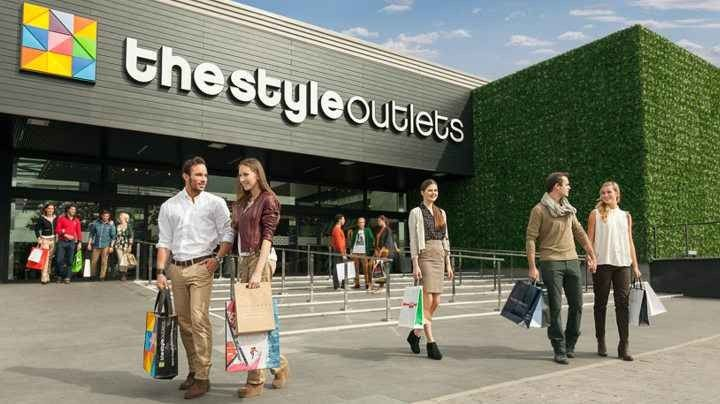 الاوت لت في برشلونة .. جنة المتسوقين حيثُ الأسعار الرخيصة والجودة العالية !