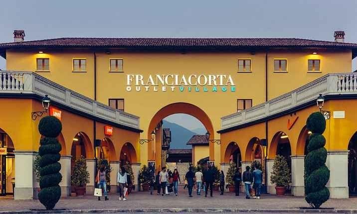 أسواق اوت لت في ميلانو .. حيث يمكنك إقتناء أهم الماركات العالمية بأرخص الأسعار