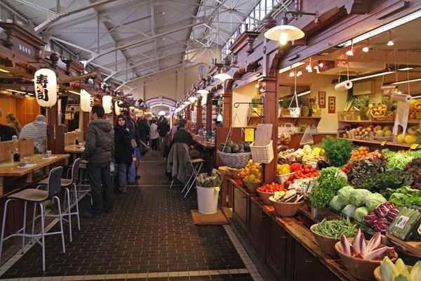 التسوق في هلسنكي .. حيث يمتزج الذوق الرفيع والفخامة بالمرح