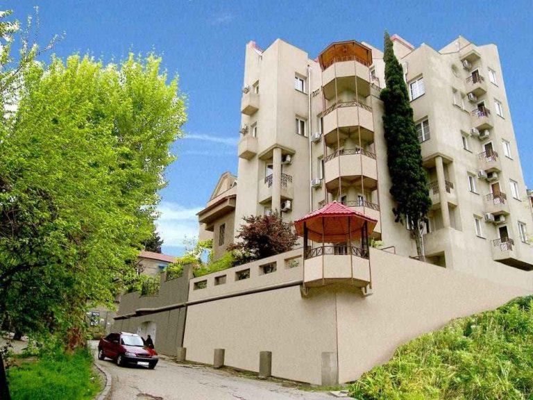 أفضل فنادق 4 نجوم في تبليسي .. مع الأجواء الفخمة للفنادق