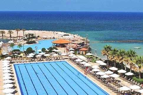 أجمل المنتجعات السياحية في لبنان على البحر