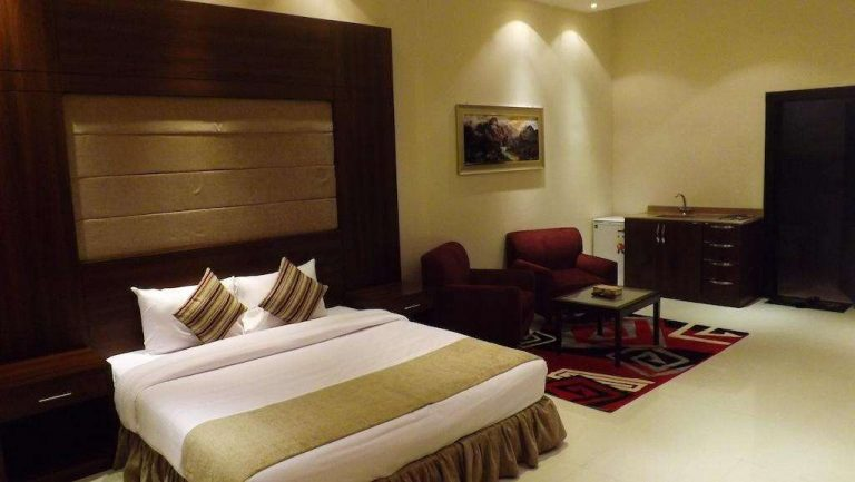 ارخص فنادق في الرياض وشقق مفروشة