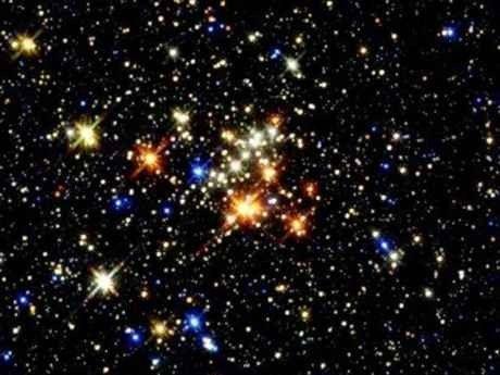 كيف يتكون النجم .. النجم ونشأته ودورة حياته …………………………………