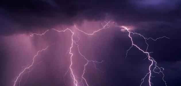 كيف يتكون الرعد والبرق .. تعرف أكثر على الرعد والبرق ……………………