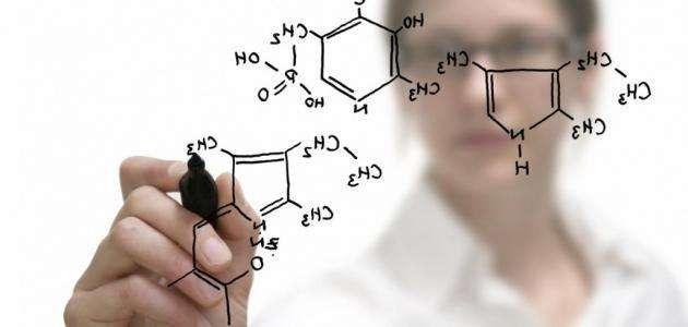 علماء الكيمياء في العصر الحديث .. أهم علماء الكيمياء فى العصر الحديث ..