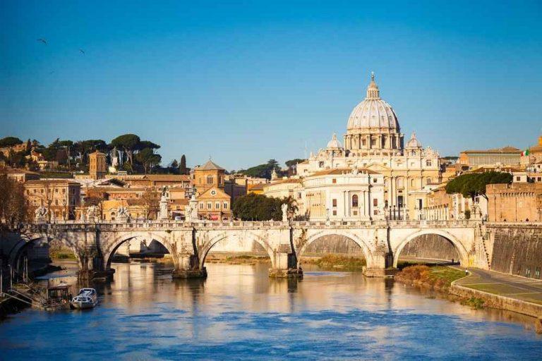 عادات وتقاليد روما..أهم وأبرز العادات التى يشتهر بها الشعب الإيطالى.
