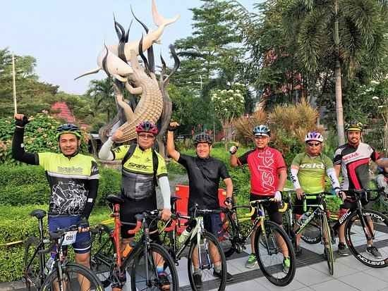السياحة في سورابايا..ودليلك الشامل لزيارة أجمل معالم السياحة في أندونيسيا..