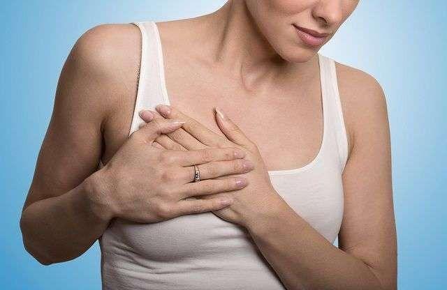 ما هو سبب الم الثدي قبل نزول الدورة