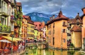 أشياء تشتهر بها فرنسا .. تعرف علي اكثر الاماكن شهرة في فرنسا