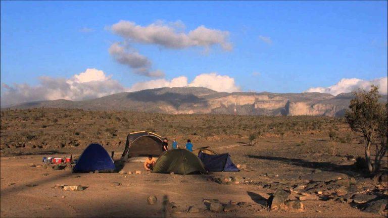 السياحة في جبل شمس سلطنة عمان موطن الجمال الطبيعى بسلطنة عمان
