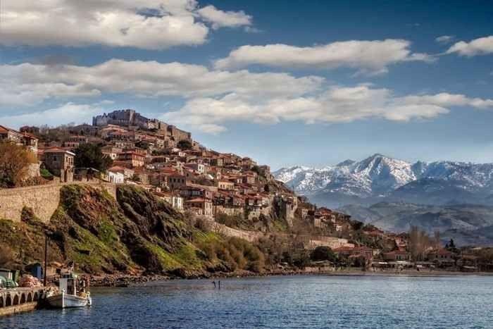 السياحة في جزيرة ليسبوس اليونان ..ودليلك لزيارة أجمل الوجهات السياحية باليونان…