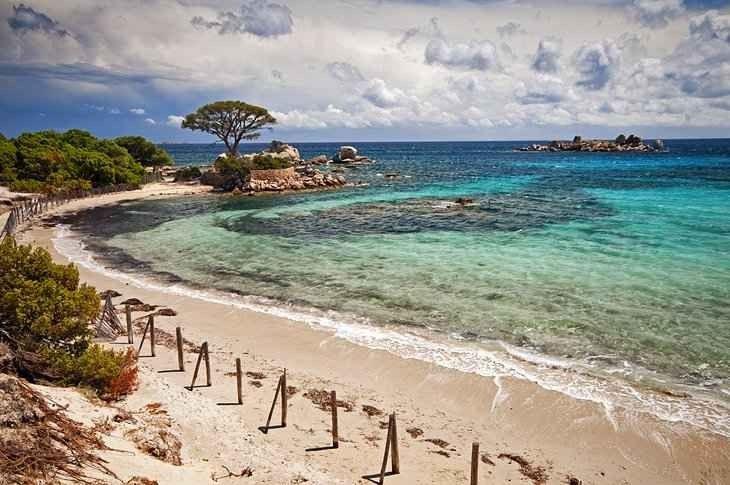 أماكن سياحية في جزيرة كورسيكا في فرنسا
