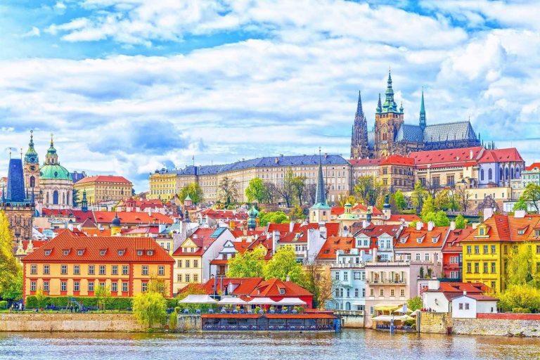 المناطق السياحية القريبة من براغ… تعرف علي أقرب المناطق السياحية لمدينة براغ
