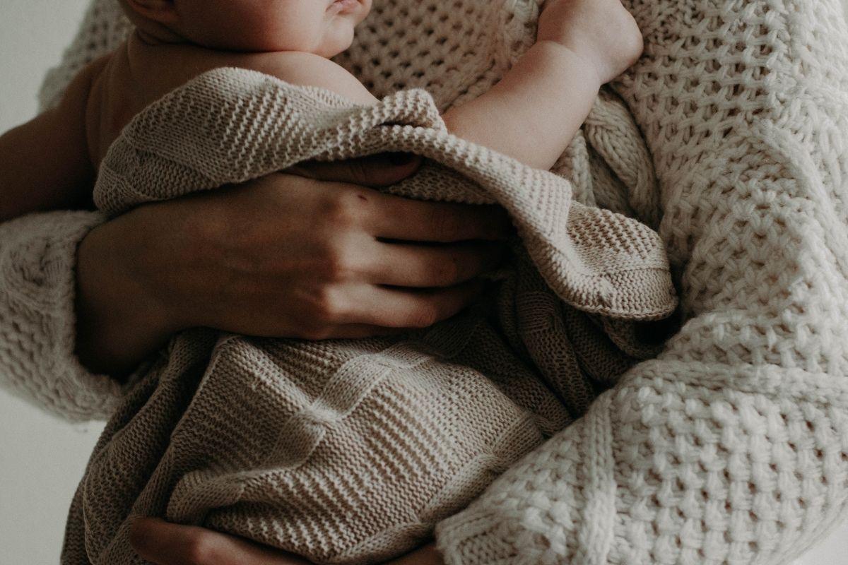 صور و عبارات تهنئة بالمولود الجديد