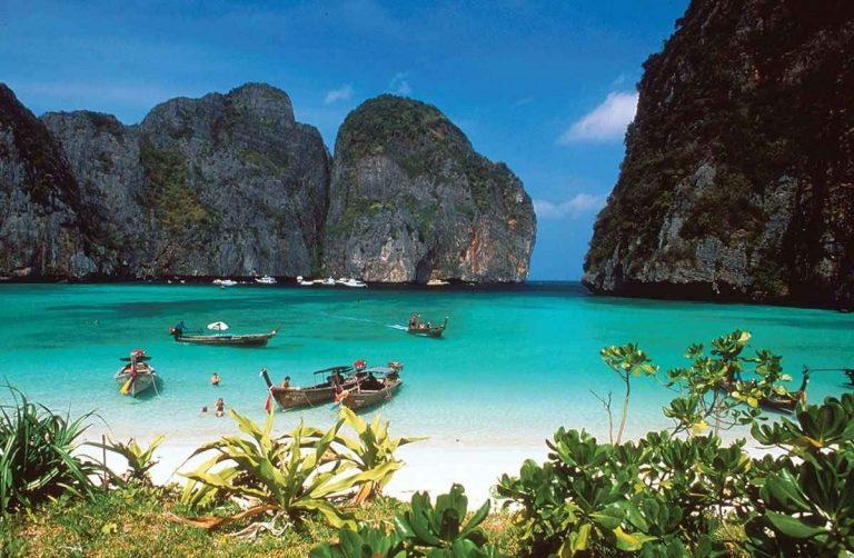السياحة في جزر راجا امبات اندونيسيا – إستمتع برحلة رائعة فى جزر اندونيسيا ..