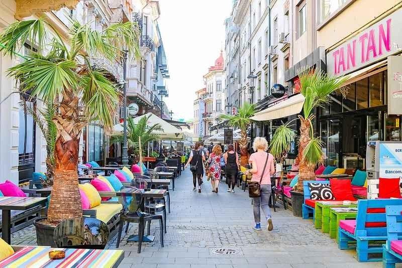 التسوق في بوخارست .. دليلك لأهم وأفضل أماكن التسوق التى تناسب كافة الأذواق فى بوخارست ..