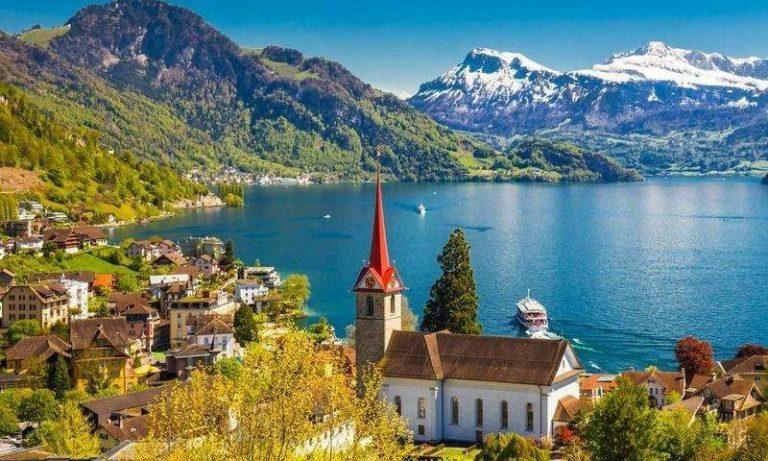 السياحة في فرنسا وسويسرا