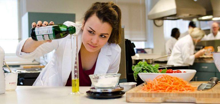 معلومات عن تخصص علوم الغذاء .. تعرف على كل مايخص هذا التخصص | بحر المعرفة