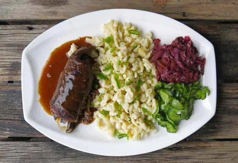 الأكلات المشهورة في ألمانيا….لا تنسى تناولها في رحلتك التالية إلى المانيا