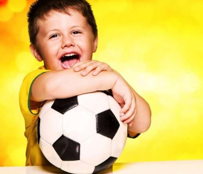 معلومات للأطفال عن كرة القدم – أهمية لعب كرة القدم للأطفال