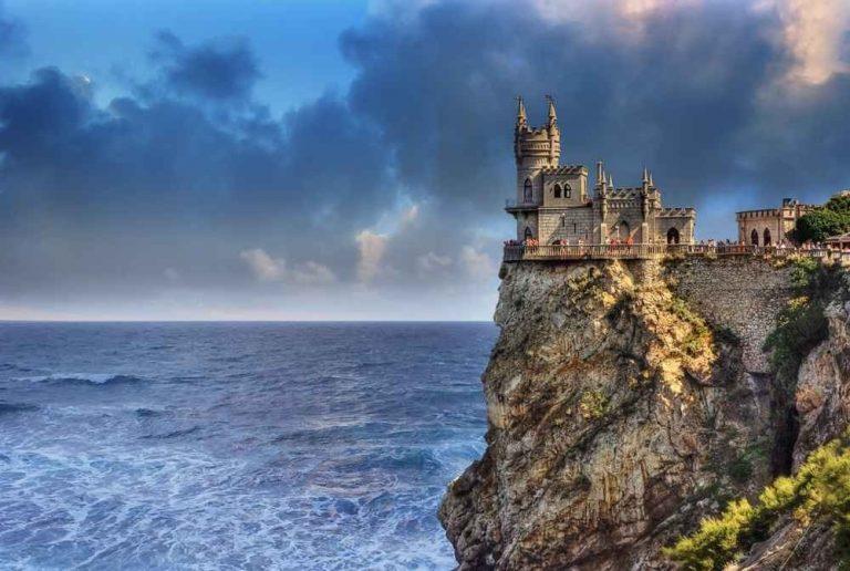 السياحة في شبه جزيرة القرم..ودليلك للوصول إلى أجمل أماكن سياحية فى جزيرة القرم ..