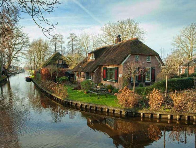 جيثورن هولندا حيث الطبيعة النقية والجمال الهولندي الحقيقي الذي ليس له مثيل