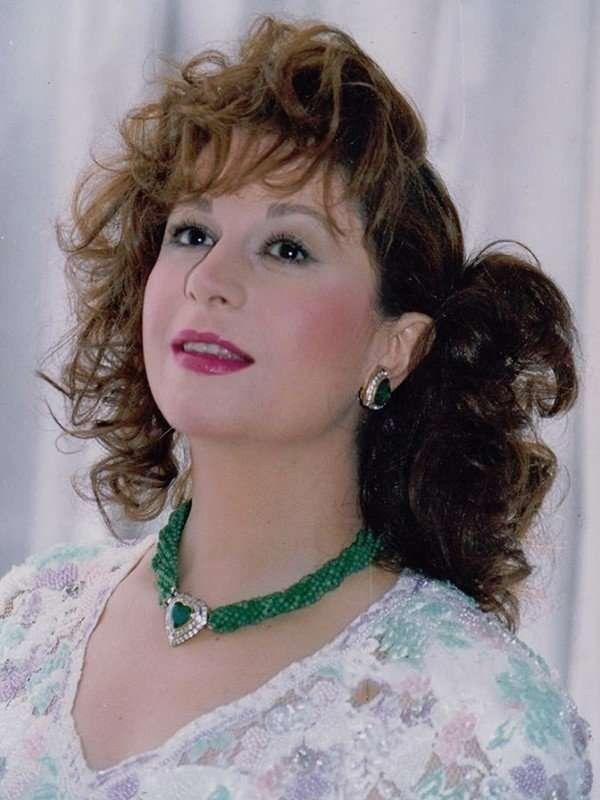 الممثلة سمية الألفي