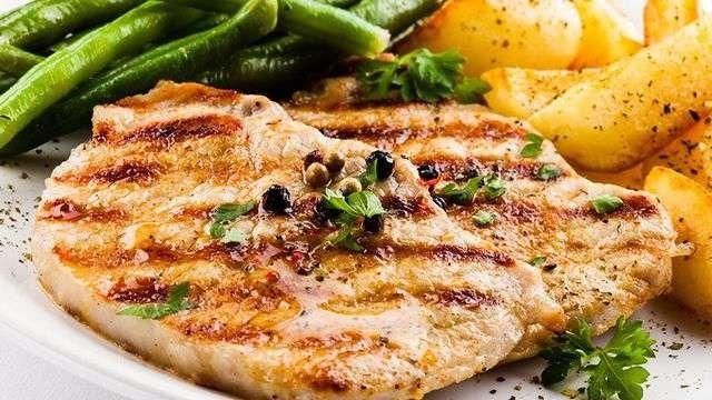 طريقة عمل ستيك الدجاج .. تعرف على طريقة عمل ستيك الدجاج الشهي بطرق مختلفة