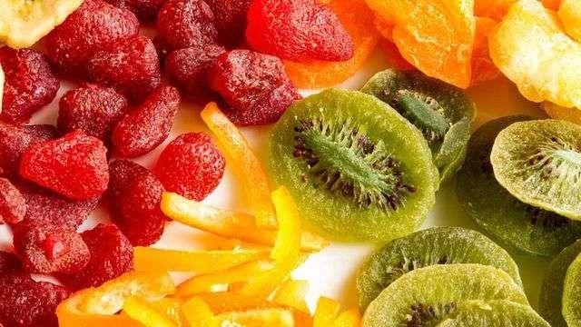 طريقة تجفيف الفواكه … تعرف علي فوائد تجفيف الفواكه واستخداماتها