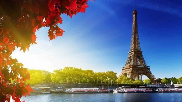"""تكاليف السياحة في باريس..عاصمة """"الجمال"""" ودليلك لقضاء رحلة مميزة بأقل تكلفة .."""