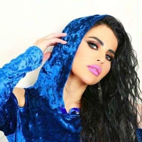 الفنانة ليال عبود