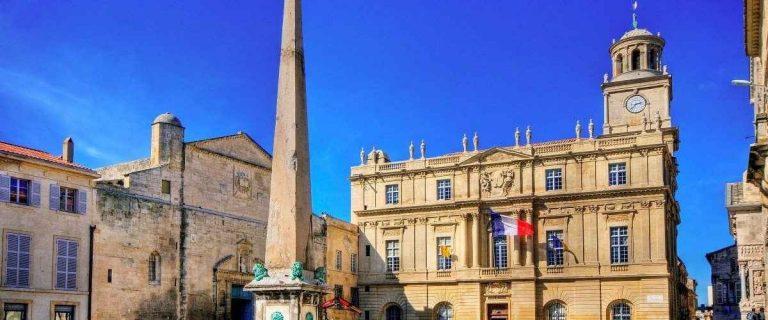 السياحة في مدينة آرل الفرنسية – و أفضل 12 أماكن سياحية