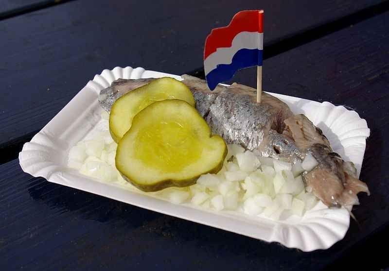 الاكلات الشعبية المشهورة في هولندا : أفضل 10 أكلات هولندية