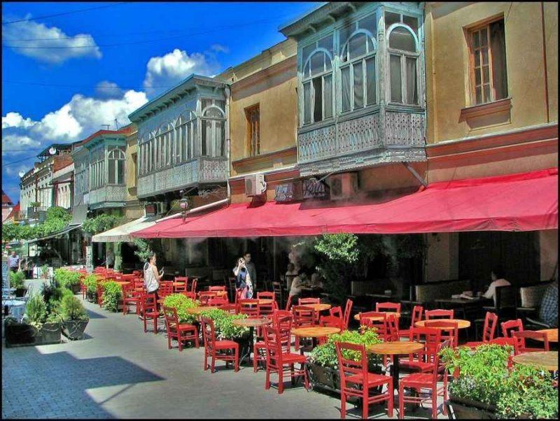 شارع شارديني في تبليسي اختيارك الأول عند السفر إلى جورجيا