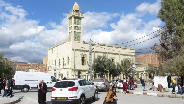 معلومات عن مدينة باتنة الجزائر