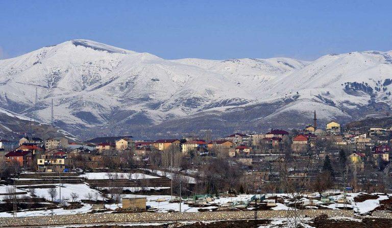 معلومات عن مدينة بتليس تركيا قديماً وحديثاً والمناخ ونظام التعليم والأنشطة الترفيهية