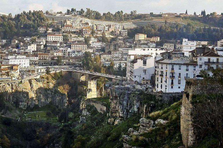 معلومات عن مدينة قسنطينة الجزائر