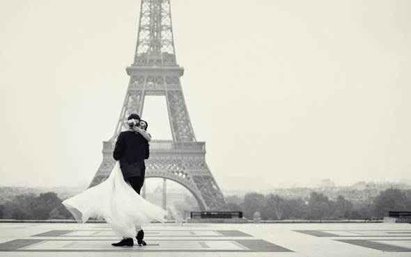 كيف تخطط لقضاء شهر العسل في باريس ؟