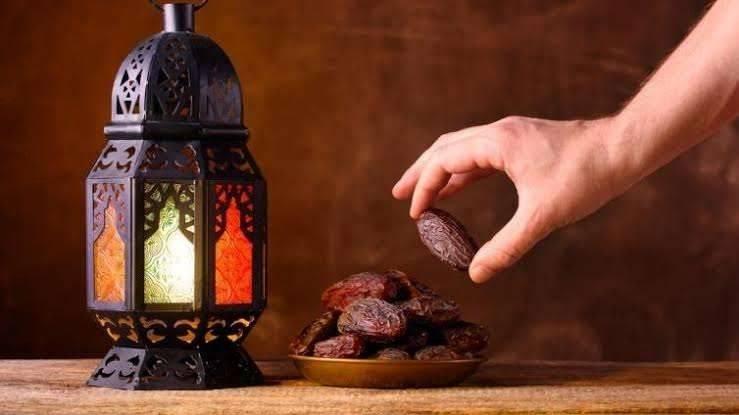 الصيام في القرآن الكريم أهم الآيات القرآنية التي تتحدث عن الصيام وأهميته