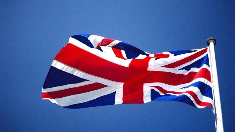عادات وتقاليد بريطانيا .. تعرف على الوجه الآخر لبريطانيا وثقافتها الغريبة