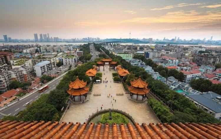السياحة في مدينة ووهان .. وأجمل 8 اماكن وأنشطة سياحية