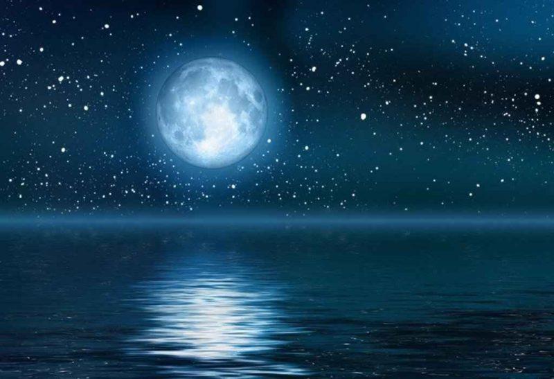 أهم وأغرب المعلومات عن القمر