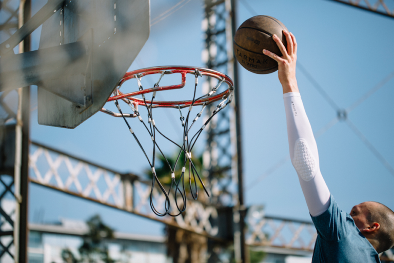 فوائد رياضة كرة السلة