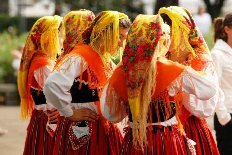 عادات وتقاليد البرتغال – عادات وتقاليد يشتهر بها الشعب البرتغالى