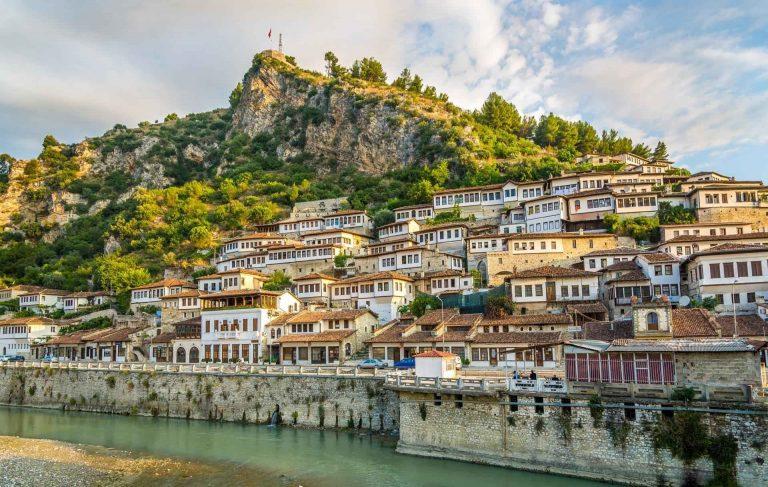 الأماكن السياحية في البانيا وأجمل المدن في جوهرة البلقان