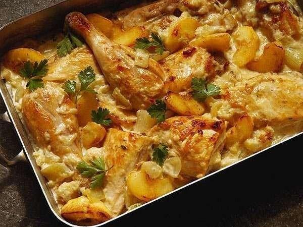 رز بالدجاج والبطاطس بالتوابل والخلطات المتميزة والنكهات المختلفة