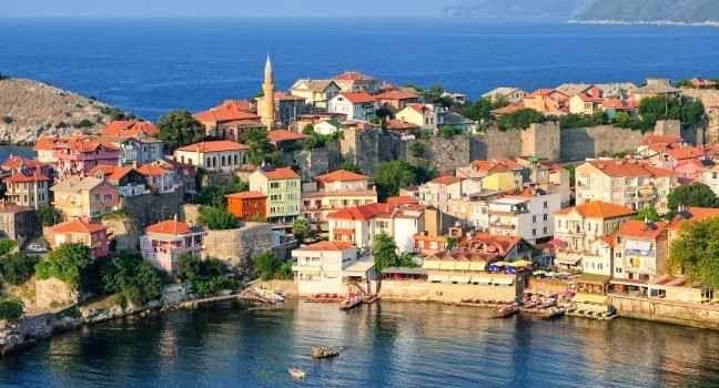 افضل اماكن سياحية في بلغاريا .. عروس البحر الأسود وخليط الجمال الطبيعي والمعماري