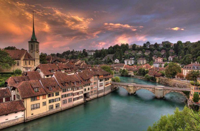 السياحة في برن سويسرا .. دليلك السياحى لأهم الاماكن السياحية فيبرن سويسرا ..