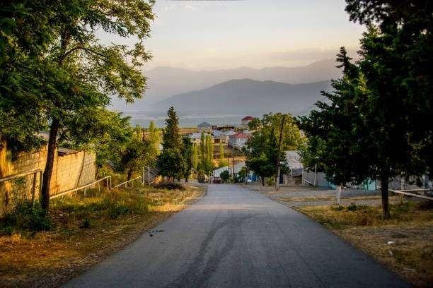 بماذا تشتهر أذربيجان صناعيا وتجاريا